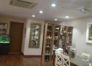Bán căn hộ 671 Hoàng Hoa Thám, 178m2, 3PN căn góc 2 ban công, nội thất đẹp, giá 33,5 triệu/m2