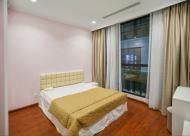 Cho thuê căn hộ cao cấp Royal city Thanh Xuân, 3p/ngủ, đủ nội thất 1200usd.