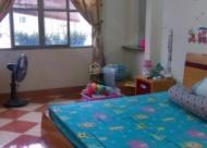 Bán nhà tập thể khu ĐH Thương Mại, Cầu Giấy, Hà Nội, DT 66.5m2. Giá: 1.5 tỷ